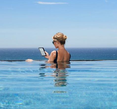 Amazon has Officially Released New Waterproof Kindle Oasis