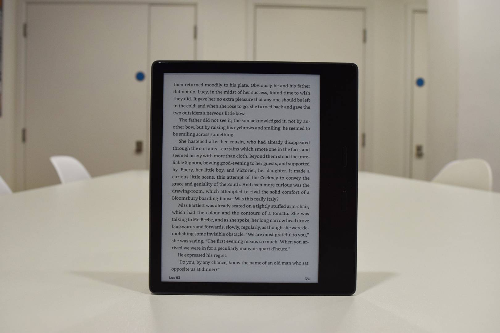 Kindle Oasis Taken Over by Cost-effective Kobo's Forma e-Reader!